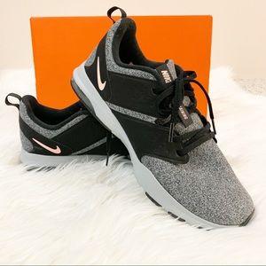 3d84413350b6 Women s Nike Shoes